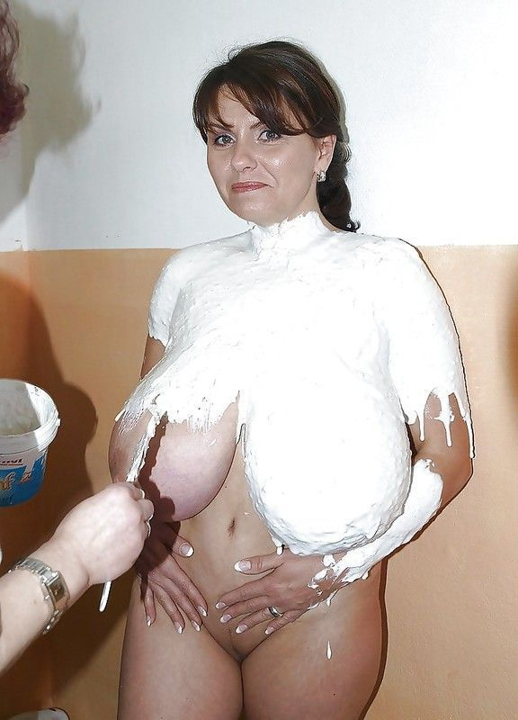Gros seins sperme sur